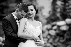 NUNTA - Foto y Cafe - Fotografie de nunta, fotograf nunta, foto-video nunta, idei de posing, poze nunta, poze nunta Tess, wedding day, wedding photos, wedding photoshoot, wedding photography www.fotoycafe.ro