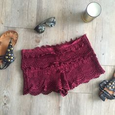 Urban Outfitters Crochet Shorts Only worn a few times and in great condition! These shorts are extremely comfortable and flattering! Zipper on the side. Size 8 but I'm normally a size 6 and have some room in them, so I'd say they fit a 6-8! ❤️ Urban Outfitters Shorts