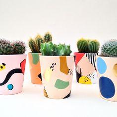 Planters Paint a Planter Workshop – Tea & Crafting Painted Plant Pots, Painted Flower Pots, Decorated Flower Pots, Diy Wooden Planters, Ceramic Planters, Specialist Paint, Pottery Painting Designs, Flower Pot Crafts, Mark Making