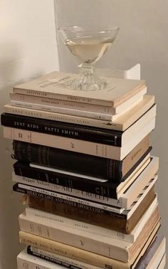 Cream Aesthetic, Gold Aesthetic, Classy Aesthetic, Aesthetic Colors, Aesthetic Photo, Aesthetic Pictures, Aesthetic Collage, Decoration Inspiration, Coffee And Books