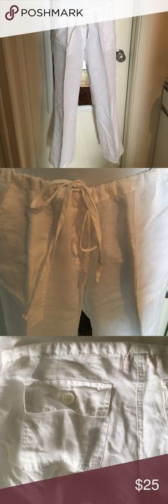 Juicy Couture white linen pants size S Beautiful breeze white 💯linen pants. Bought at Juicy Couture Lincoln Road Miami Beach. Size S used maybe 3 times. In great condition. No rips,stains or imperfections. Great cut makes you look very Chic. Please ask all the necessary questions before purchasing to make sure and clear this is what you want. Thank you for visiting,your purchases are my blessings. Have a wonderful Poshing ❤️ Juicy Couture Pants Straight Leg