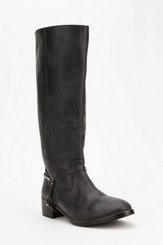 on the hunt for the perfect black leather boot...could this be the pair?