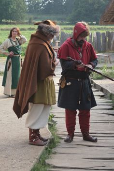 Renactors at Haithabu (Hedeby) Viking Open Air Museum, Schleswig-Holstein, Germany. https://www.flickr.com/photos/kai-erik/4080394139/in/album-72157622474019294/
