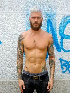 piercing tattoo abs septum Mateus Verdelho septum piercing sleeve tattoo nipple piercing nipple ring but-the-scene-is-grey Hair And Beard Styles, Hair Styles, Mens Hair Colour, Babe, Look Man, Le Male, Indie, Beard Tattoo, Tattoo Guys