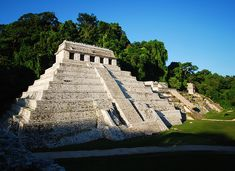 Templo de las Inscripciones. Zona Arqueológica de Palenque. Foto INAH.http://www.inah.gob.mx/paseos/mna/