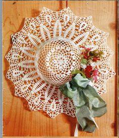 Crochet, for my soul! Crochet Cap, Crochet Shoes, Crochet Clothes, Vintage Lace, Vintage Items, Crochet Placemats, Crochet Crafts, Baby Hats, Doilies