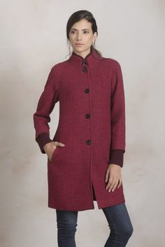 Beautiful checked Alpaca   Wool coat with knitted cuffs and neck lining.  One of our f923726d62