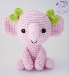 Pink Elephant Amigurumi ~ Free Russian Pattern http://88crafts.blogspot.com.es/2013/07/pink-elephant.html