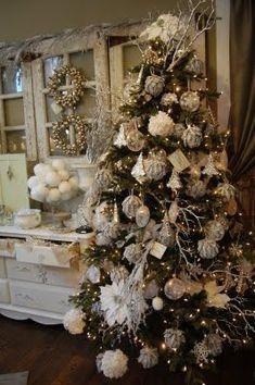 Natale bianco come la neve bianco come lo zucchero filato bianco come la panna bianco come la luna bianco come il sapone di marsigli...