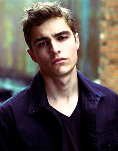 the High times of a boring life...: Photo...Dave Franco stop being so cute.