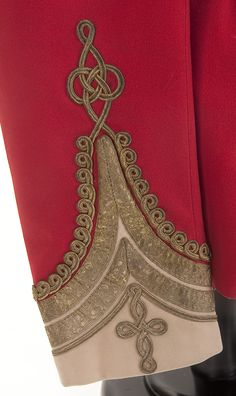 The Lord Edward: Photo Military Inspired Fashion, Military Fashion, Mens Fashion, Military Looks, Military Jacket, Embroidery Patterns, Hand Embroidery, Nutcracker Costumes, Diy Clothing