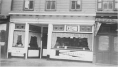 Wertz Candy on Cumberland Street (Route 422) in the City of Lebanon sells homemade opera fudge.