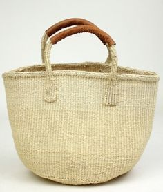 straw bag with leather handle