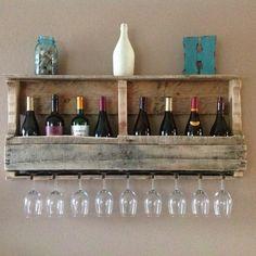 pallet wood wine rack top shelf glass holder DIY pallet furniture ideas