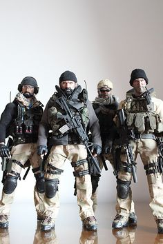 My Second Bash - Medal of Honor 2010 : This is Tier 1 - Wolfpack (image heavy) Military Action Figures, Custom Action Figures, Tactical Shirt, Tactical Gear, Military Guns, Military Art, Special Forces Gear, Military Drawings, Green Beret