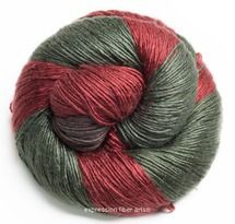 HOLLY AND IVY PEARLESCENT SILK DK