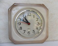 It's in working condition!Please check out the photos!Size: x inch cm x 23 cm) Kitchen Clocks, Home Decor Kitchen, 70s Kitchen, Brown Wall Clocks, Glass Ceiling Lights, Wood Book, Ceramic Boxes, Retro Lamp, Clock Art