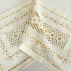 Labor, Crochet Tablecloth, Elsa, Embroidery, Stitch, Ftm, Cross Stitch, Ideas, Hardanger Embroidery