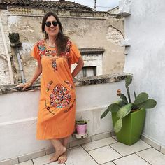 A little bit of mexico at Zia Gina's in Terlizzi.. To stay in theme I whipped on my orange @little_tienda dress. Where is that margarita!!!! #poeriorooms #terlizzi #bnb #puglia