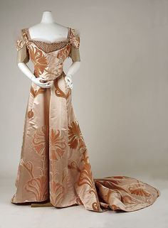 Dress, Evening.  House of Worth (French, 1858–1956).  Designer: Jean-Philippe Worth (French, 1856–1926). Date: 1898–1900. Culture: French. Medium: silk, glass. Dimensions: Length (a): 17 in. (43.2 cm). Length at CF (b): 41 1/2 in. (105.4 cm).