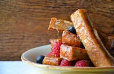 Make breakfast a breeze with an easy recipe for cinnamon French toast sticks, perfect for dipping and dunking in maple syrup.