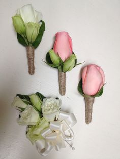 Rose and Lisianthus Bout By Alta Fleura