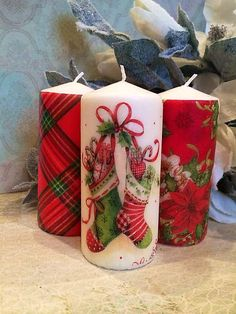 Vianočné trio Christmas Decoupage, Christmas Crafts To Make, Christmas Makes, Diy Candles, Pillar Candles, Christmas Candles, Christmas Decorations, Candle Art, Candle Making