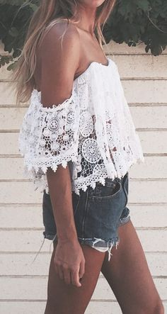 Such a pretty little lace top!