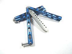 Blue Metal Practice Balisong Butterfly Knife Trainer Icetek Sports http://www.amazon.com/dp/B00YJYNV6S/ref=cm_sw_r_pi_dp_0E9jwb18B6E15