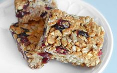 Homemade granola bars – recipe from Ezra Pound Cake