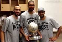Manu Ginobili, Tim Duncan, and Tony Parker Manu Ginobili, Spurs Fans, Nba Champions, Champions Trophy, Western Conference, Memphis Grizzlies, Team Pictures, Football And Basketball, San Antonio Spurs