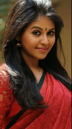 Beautiful Blonde Girl, Beautiful Girl Indian, Most Beautiful Indian Actress, Beautiful Girl Image, Beautiful Saree, Indian Natural Beauty, Indian Beauty Saree, Beauty Full Girl, Beauty Women