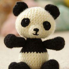 http://wixxl.com/free-panda-bear-amigurumi-crochet-pattern/ Free Panda Bear Amigurumi Crochet Pattern