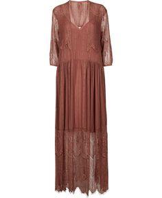 Cangaro kjole fra DAY Birger et Mikkelsen – Køb online på Magasin.dk - Magasin Onlineshop - Køb dine varer og gaver online pid=VA04433008-10032521_061 null