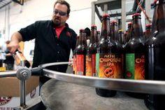 Aztec Brewing Company va a iniciar el envío a pequeña escala de sus productos a México a partir de mayo, indicó el director de ventas de la ...