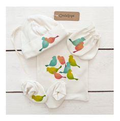Organic baby accessories - print tropinal birds