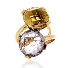 DUO MILANO 14 Ref: 37989-37976 Conjunto formado por dos sortijas en oro amarillo y rosa. El centro de la pieza es una amatista y un cuarzo citrino. Se pueden llevar también individualmente.