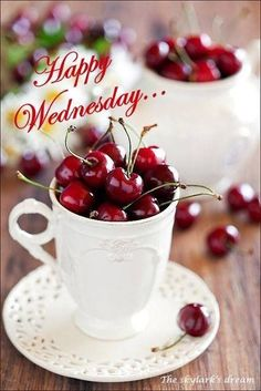 I love Bing cherries! Probably my favourite dessert ever! Could eat them by the handful! Wednesday Greetings, Happy Wednesday, Wednesday Morning, Wednesday Memes, Happy Sunday, Bing Cherries, Sweet Cherries, Cherry Delight, Cherries Jubilee