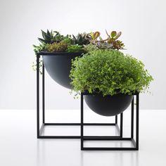 Kubus Bowl Black, 2 Sizes
