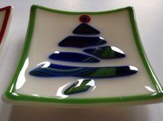 Set of 2 Fused Glass Christmas Tree Plates by SeaShellsGlass