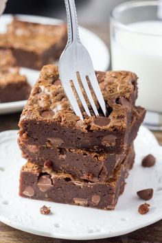Milk chocolate brownies are chewy and fudgy with a deliciously creamy milk chocolate flavor & milk chocolate chips. Made in one bowl with simple ingredients