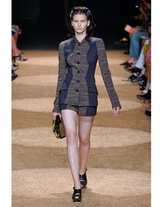 Three wonderful things: 50s look, conservative, and sexy. Proenza Schouler Spring 2012