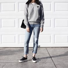 The sweater cute Look Fashion, Winter Fashion, Fashion Outfits, Fall Outfits, Casual Outfits, Cute Outfits, Casual Clothes, Outfit Goals, Mode Style