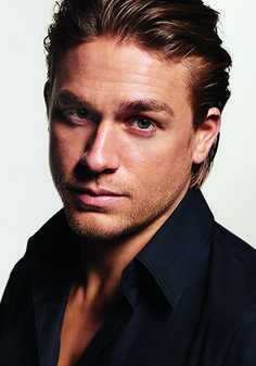 [Elle Canada: March Man Up: Charlie Hunnam is ready for his next chapter (The Sons of Anarchy actor on what it means to be a man today. Sons Of Anarchy Actors, Cristian Grey, Charlie Hunnam Soa, Actrices Sexy, Cinema, Romance, Man Up, Man Crush, Celebrity Crush