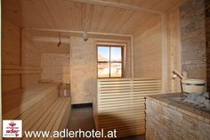 Die Sauna ist schon fertig - jetzt können die ersten Gäste kommen