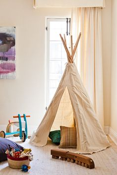 Is is weird to be an adult that wants a teepee?  – HomeMint Founder Estee Stanley's house tour + interview!