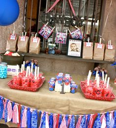 My friend Claudia from Tini Posh put together a cowboy party for her little nephew. I had to share this party with you,,check it out: Cowboy First Birthday, First Birthday Parties, Birthday Party Themes, First Birthdays, Themed Parties, Mouse Parties, 2nd Birthday, Birthday Ideas, Western Theme Decorations