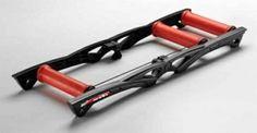 Dla tych co lubią rowerem na rolkach ;) Ze strony http://sklep.sportprofit.pl/pl/c/Trenazery-rolkowe/412