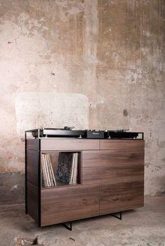 Dutch design company Rik ten Velden has revealed a stunning walnut edition of its flagship DJ console, the Selectors Cabinet. Table Dj, Turntable Setup, Music Furniture, Vinyl Record Storage, Vinyl Shelf, Music Studio Room, Dj Booth, Audio Room, Room Additions