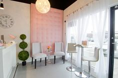 Not exactly like this but a sitting area outside the Salon in living room area